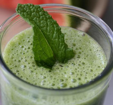 blisstree-green-smoothie
