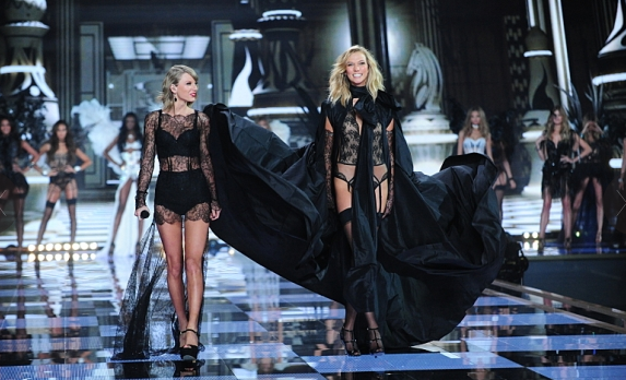 Victoria's Secret Fashion Show  taylor swift